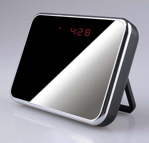Mini Clock Camera DVR Motion 24hr 4G SD